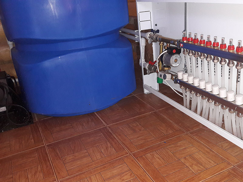Коллектор водяного теплого пола
